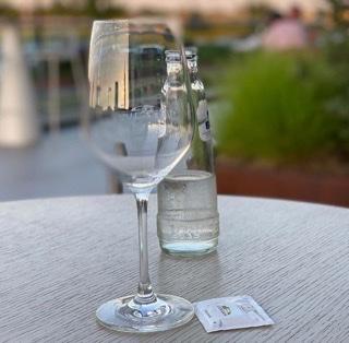 Water drinken, Friendly Reflex